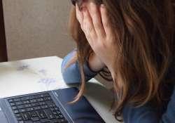 Online tanácsadó oldalt indít a kapcsolati erőszak áldozatainak az Ökumenikus Segélyszervezet
