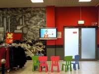 Az európai gyerekek még mindig napi két órát ülnek a televízió előtt